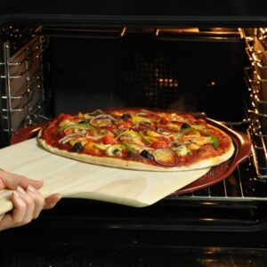 Emile Henry_Подаръчен сет аксесоари за пица 3