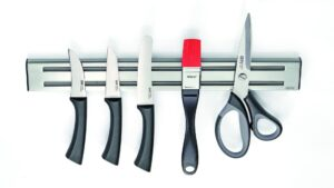 Gefu_магнитна стойка за прибори и ножове 1
