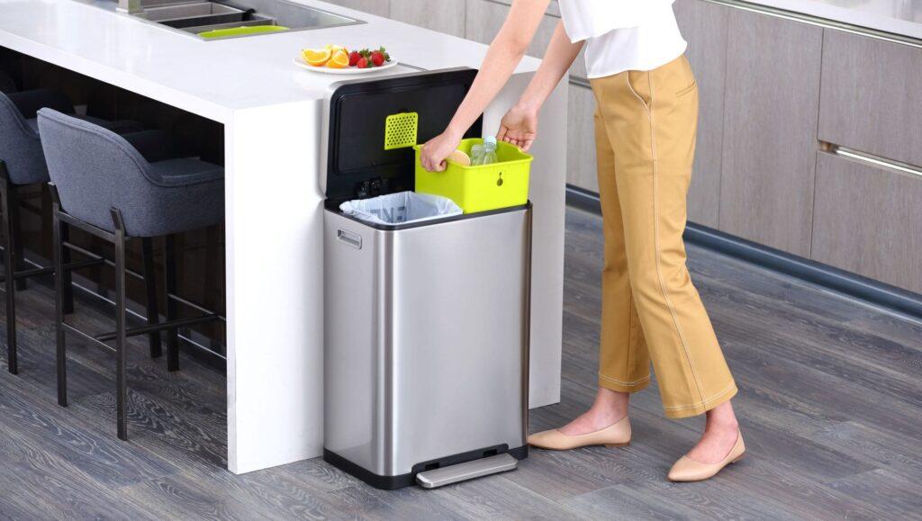Кош за разделни отпадъци X-CUBE